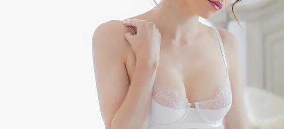 http://www.photorestorationretouching.com/wp-content/uploads/2017/06/Breast_retouching_enhancement.jpg