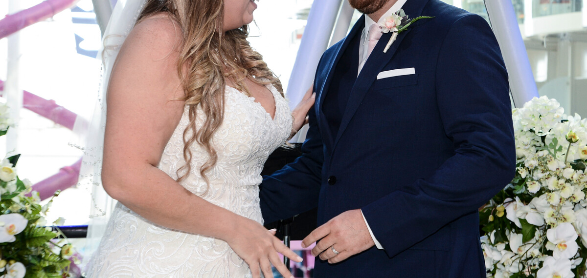 https://mlptczjnyeo5.i.optimole.com/rYagVl3C76I/w:auto/h:auto/q:75/https://www.photorestorationretouching.com/wp-content/uploads/2019/07/wedding_photo_retouching_before_and_after-1.jpg