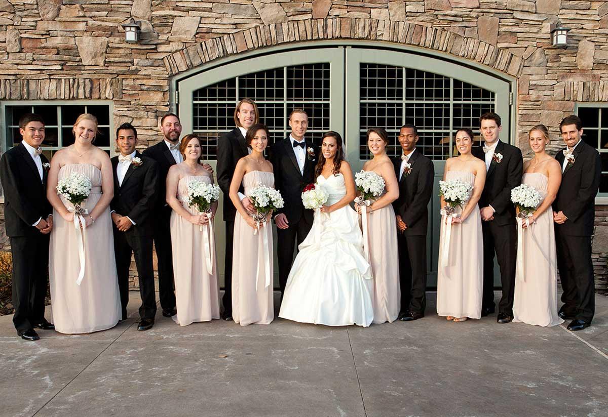https://www.photorestorationretouching.com/wp-content/uploads/2019/11/wedding-photo-example-after.jpg